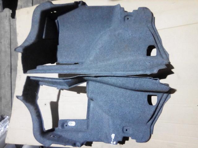 Обшивка багажника BMW I320